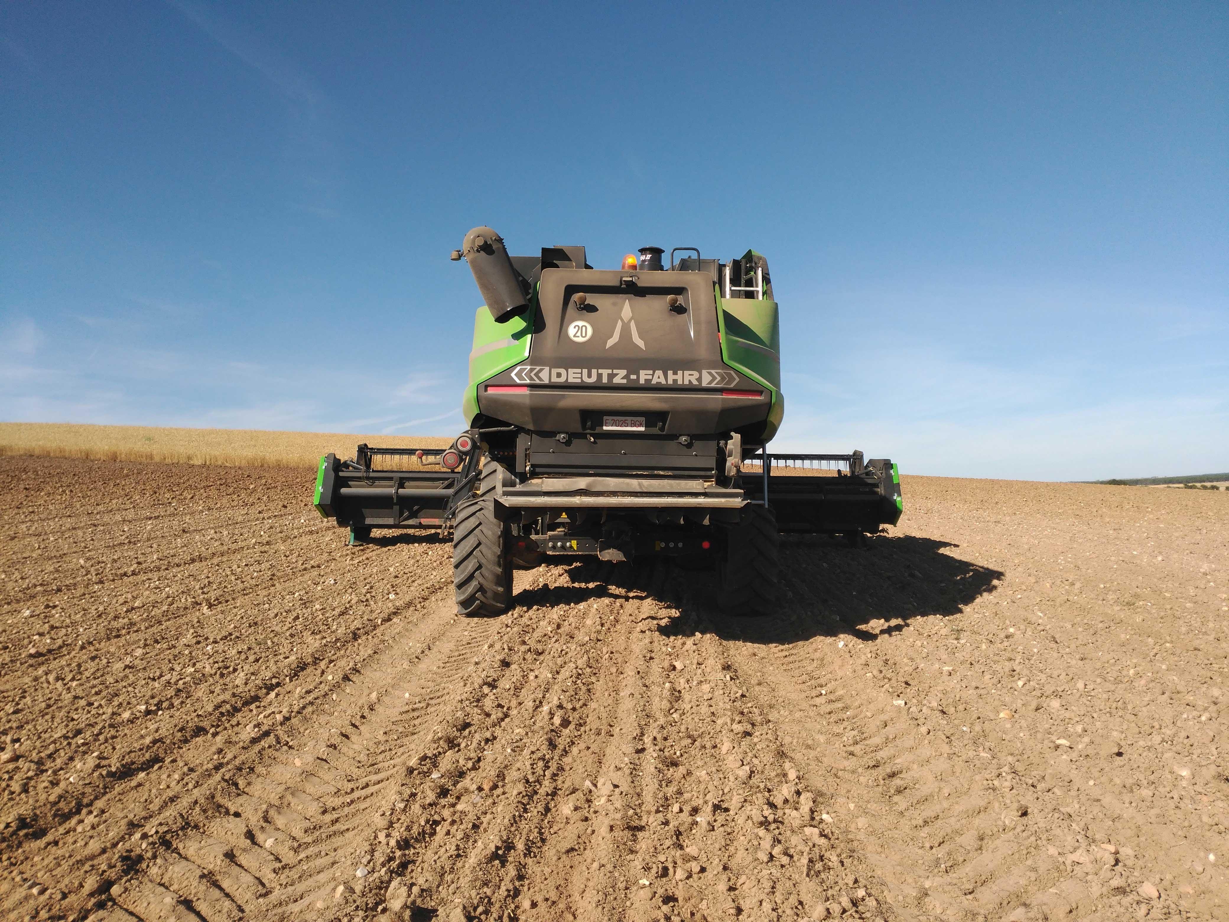 cosechadora-Deuzt-Fahr-C9602-TSB16