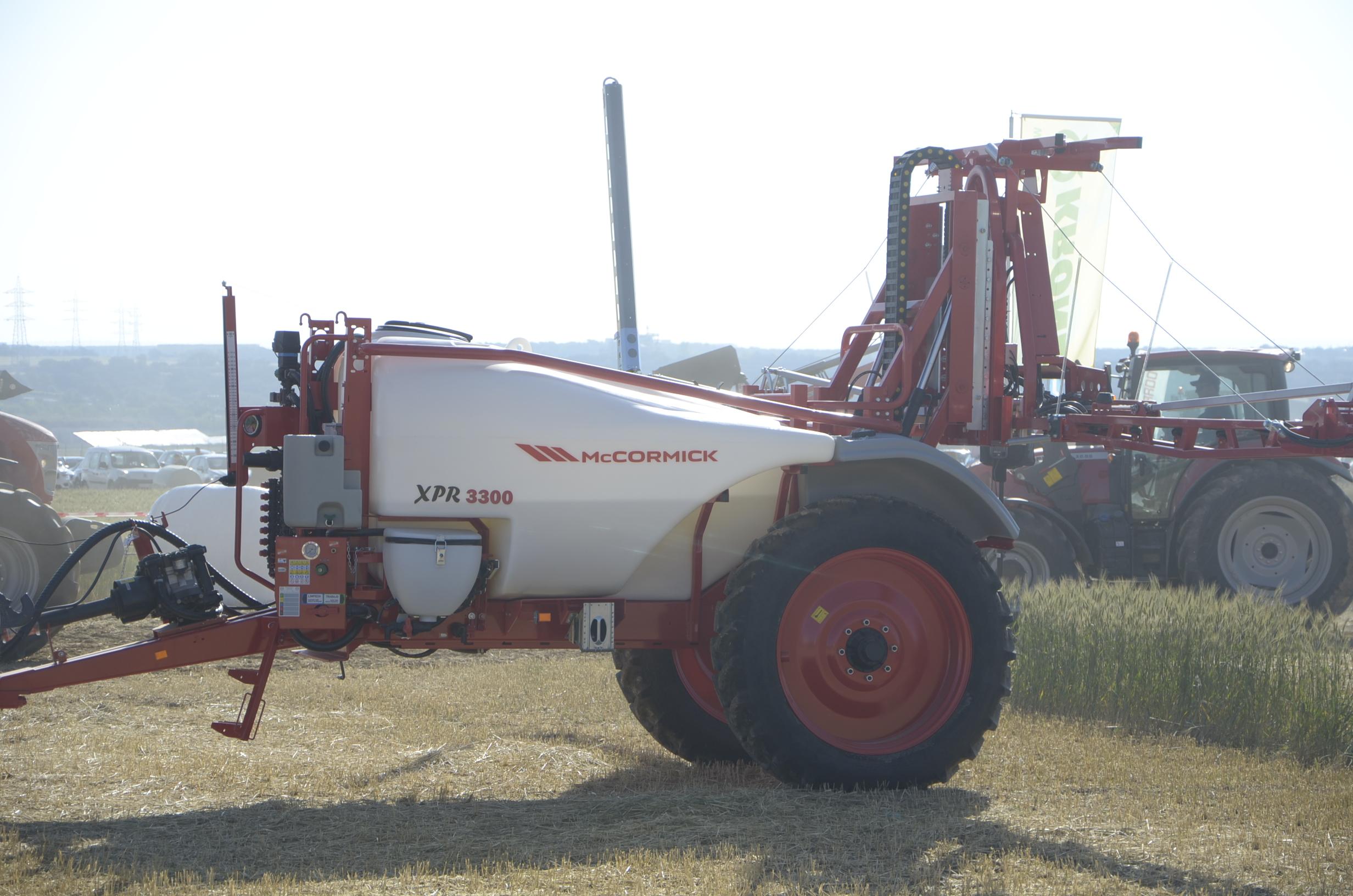 DSC7282