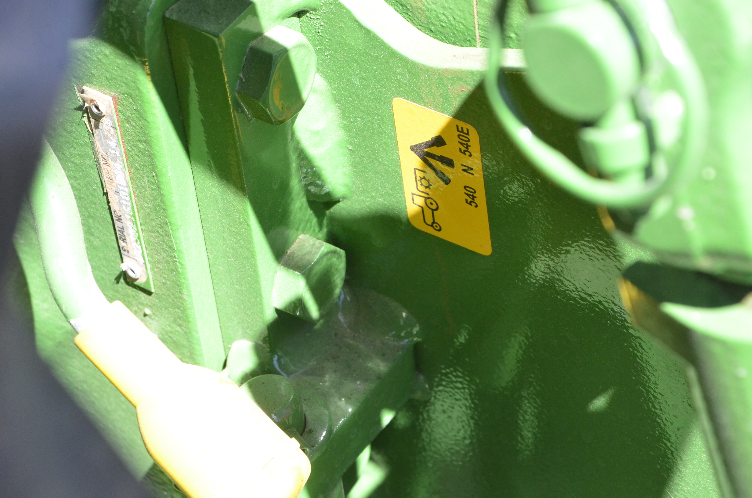 JohnDeere5090GF-27