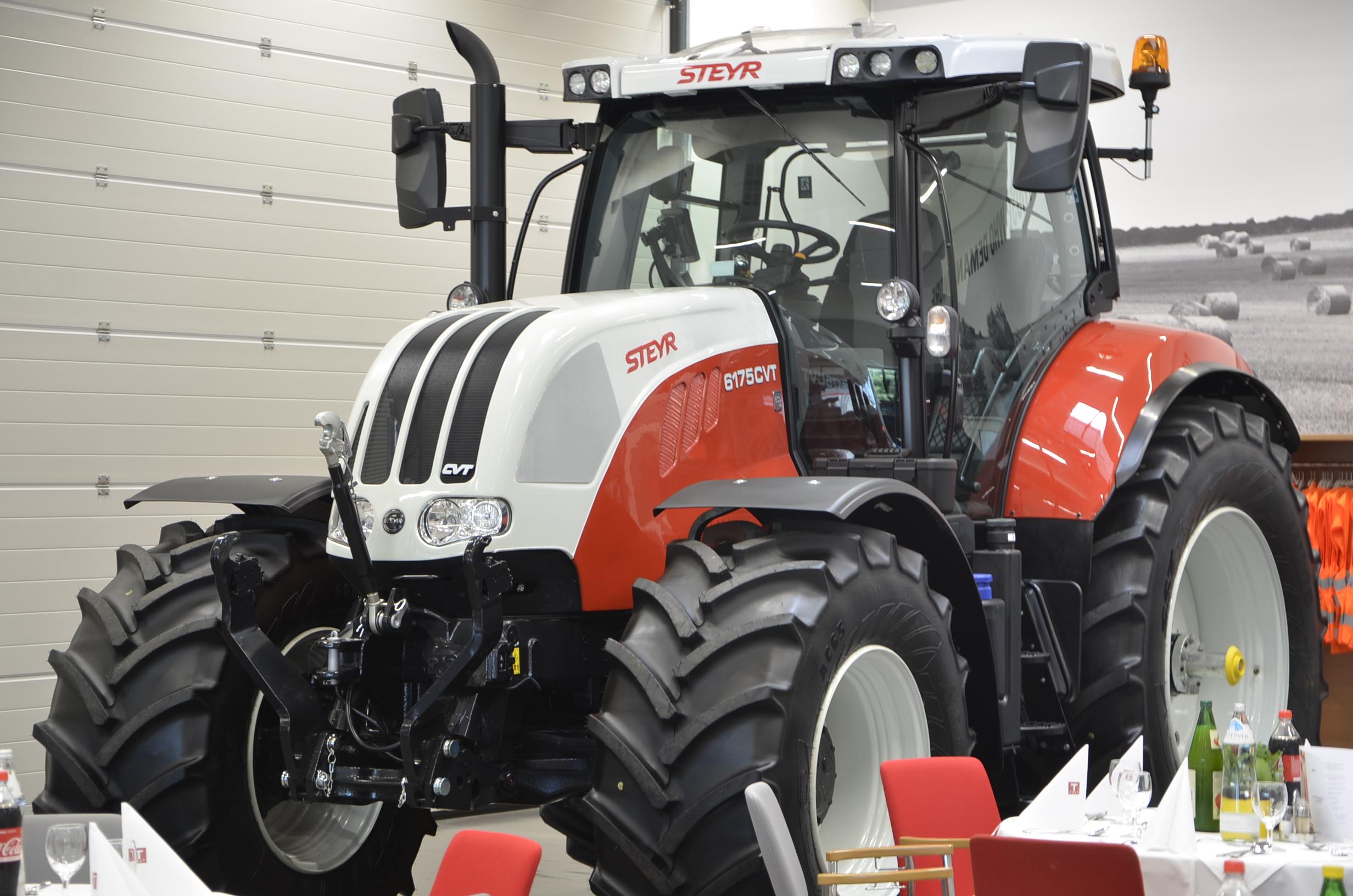 Steyr_Traktoren-019