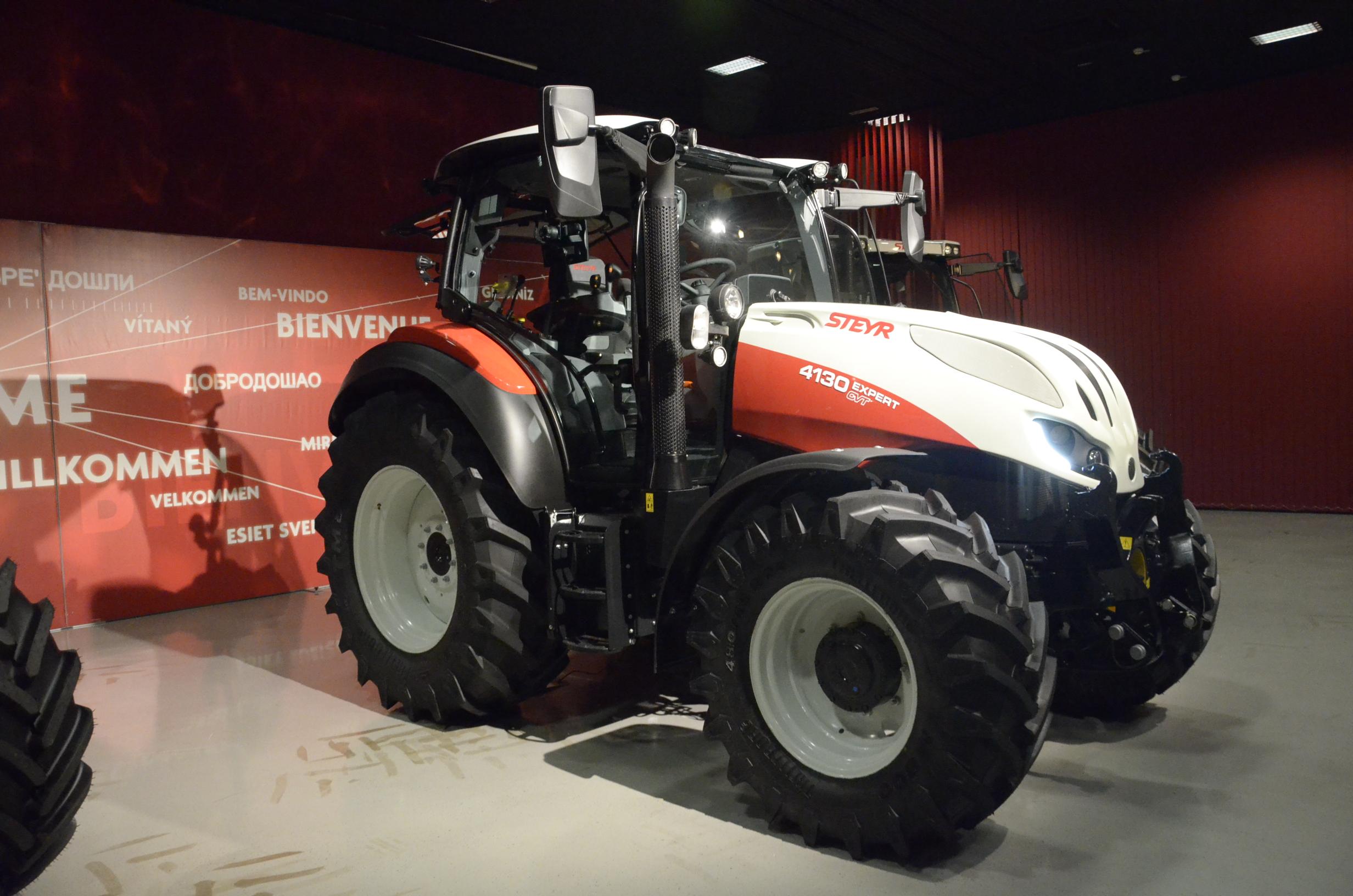 Steyr_Traktoren-101