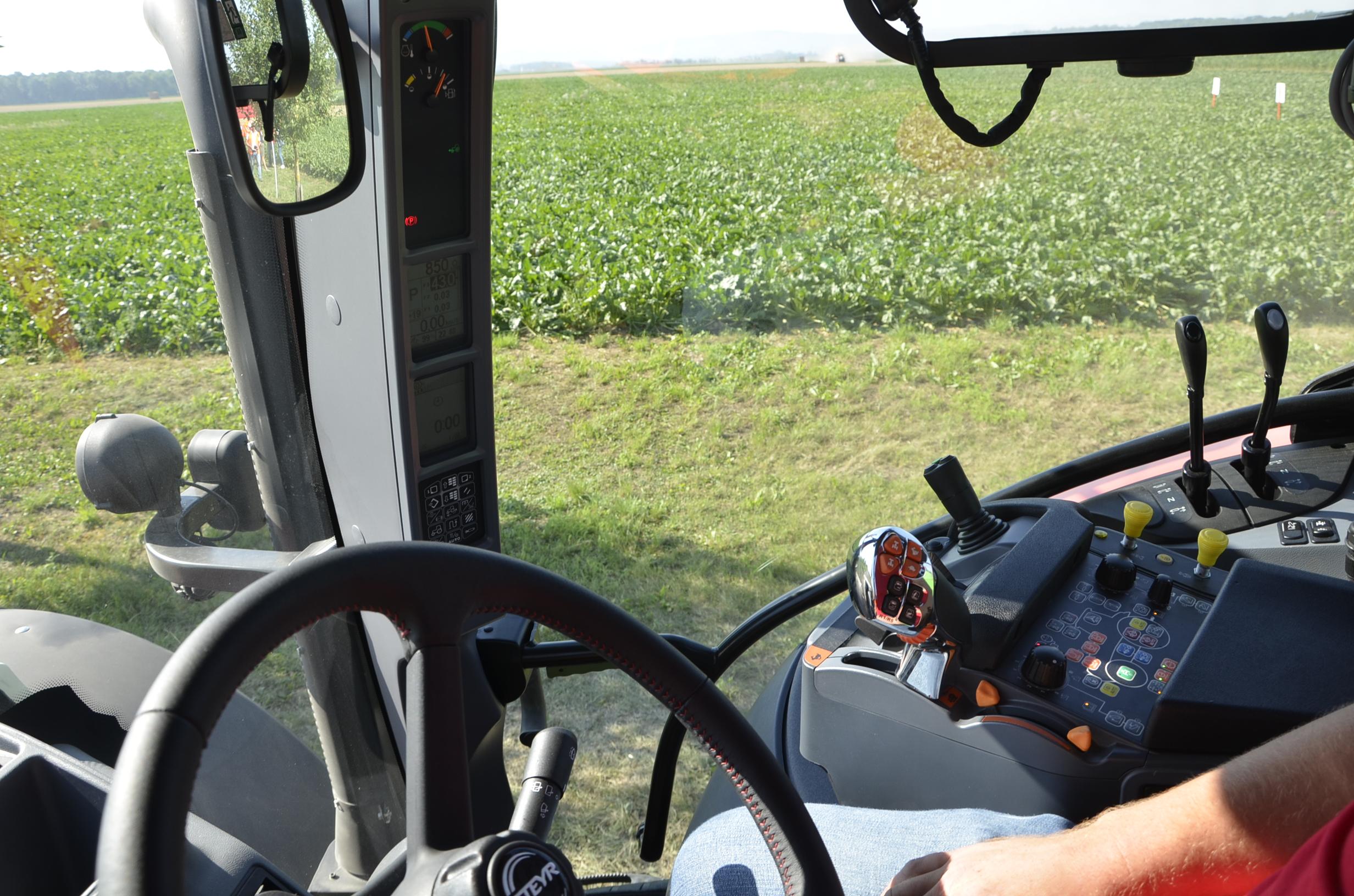 Steyr_Traktoren-119