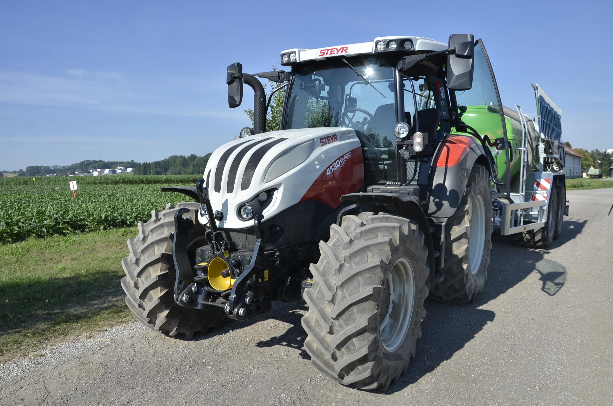 Steyr_Traktoren-120