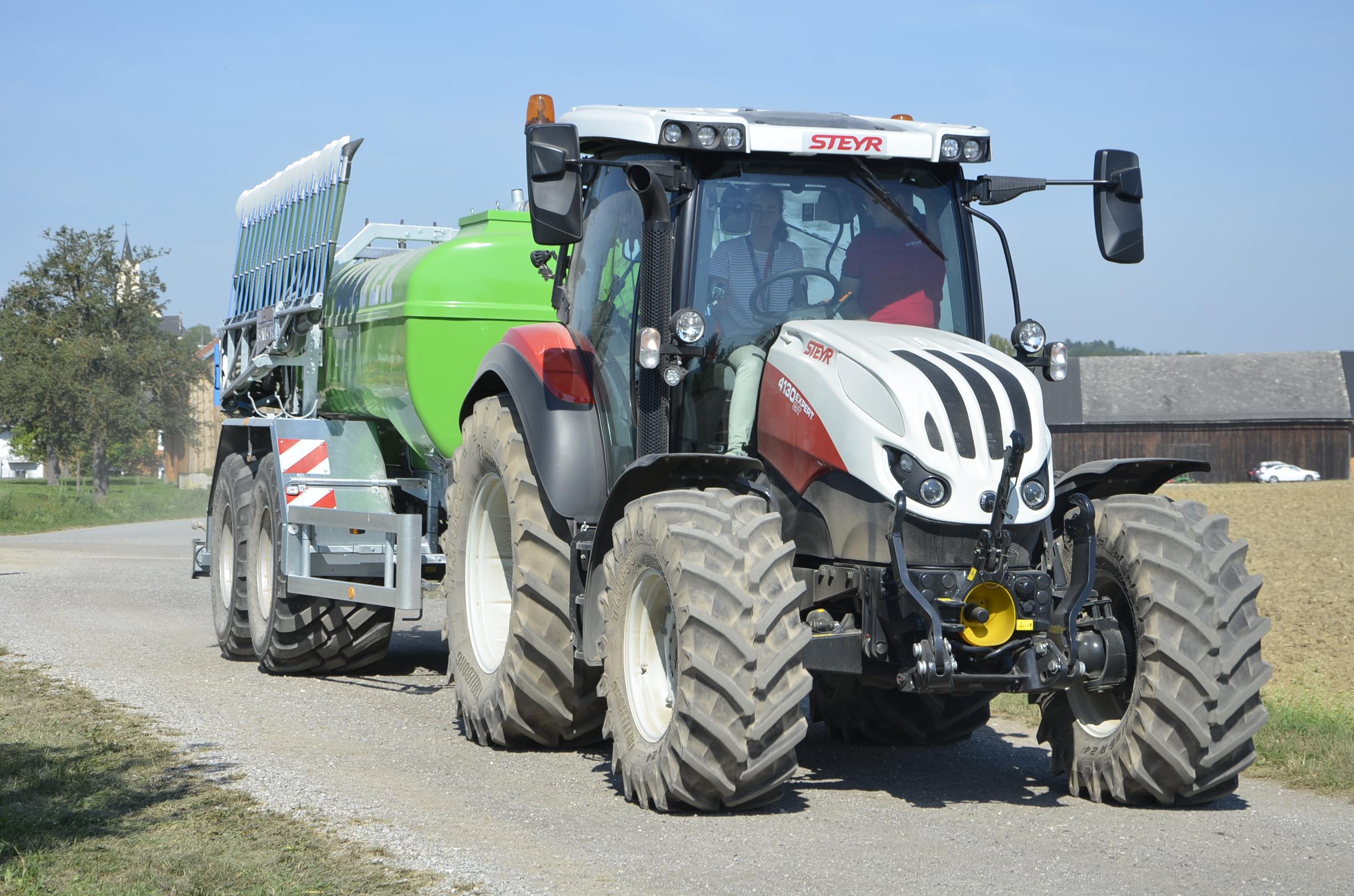 Steyr_Traktoren-136