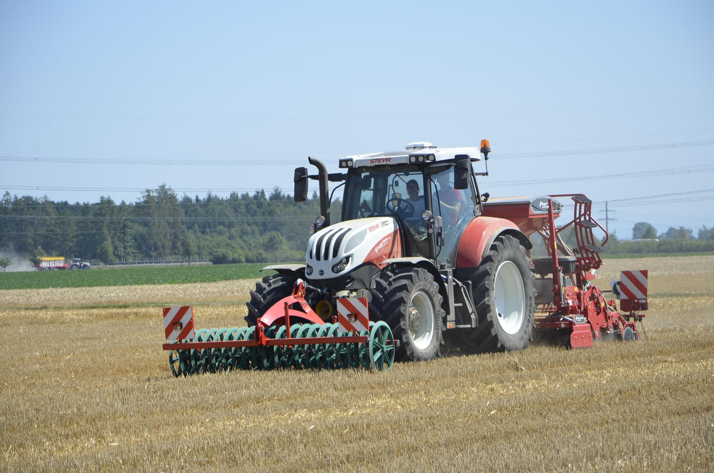 Steyr_Traktoren-175