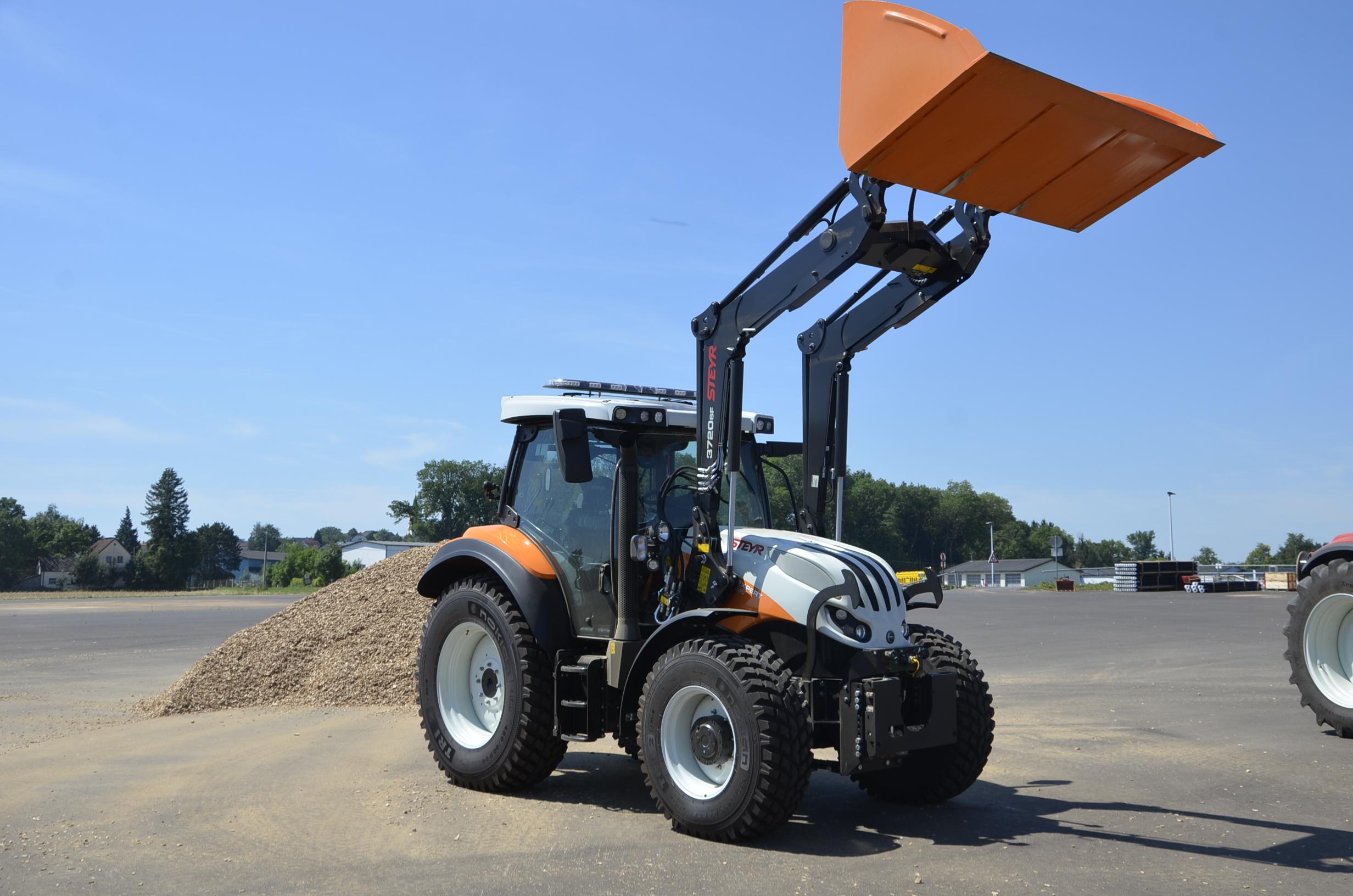 Steyr_Traktoren-196