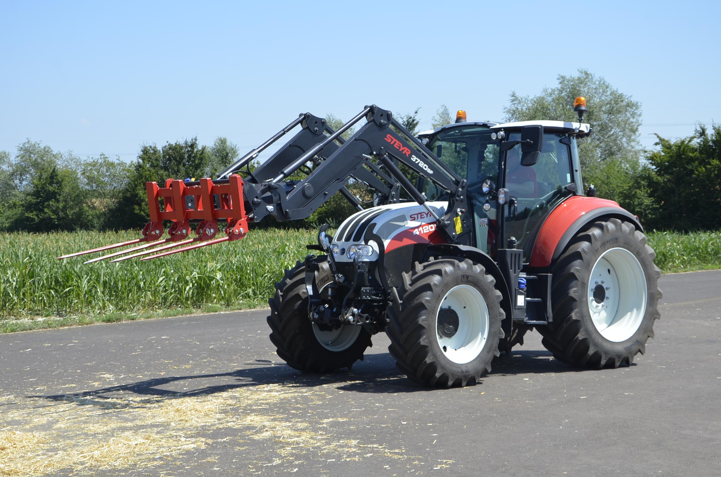 Steyr_Traktoren-205